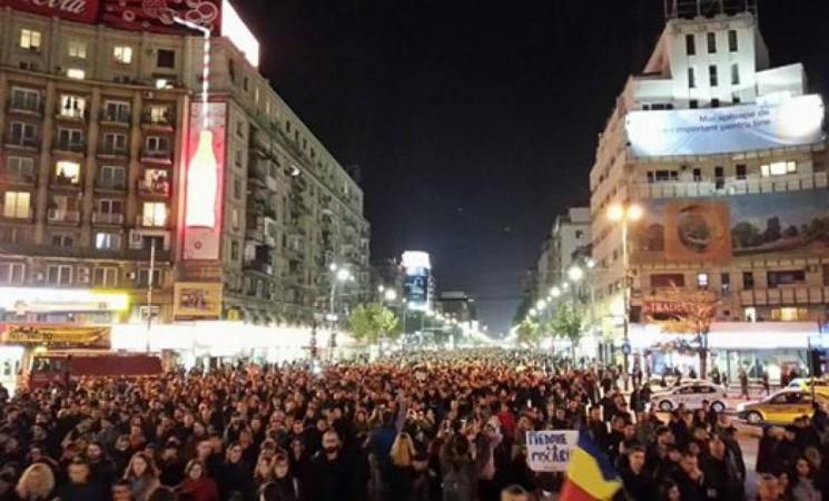 Cel mai mare dușman al Românei este actuala clasă politică. 7 motive pentru care românii din Diaspora trebuie să iasă în stradă