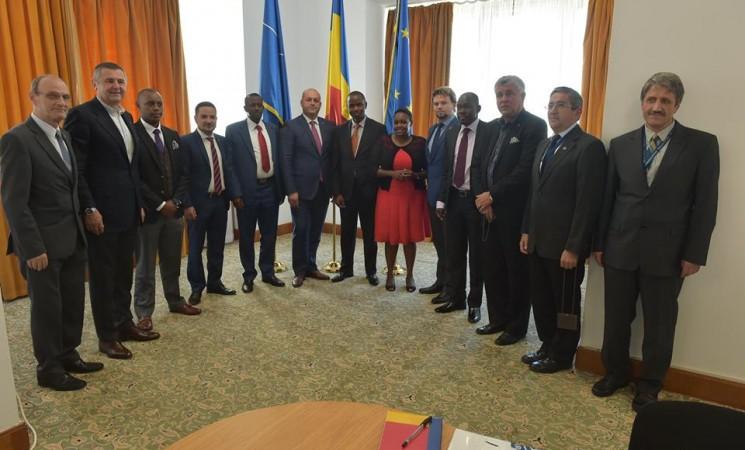 Deputatul Daniel Popescu a primit vizita omologilor din Comisia pentru apărare și relații externe a Parlamentului kenyan