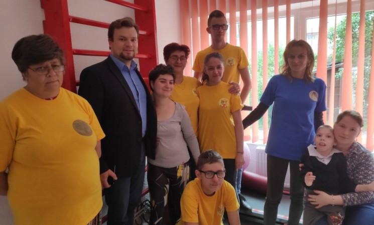 """Vizită de lucru la Asociația Umanitară """"Freamăt de Speranță"""" și Clinica de Recuperare """"Sfântul Nectarie"""" din Câmpulung Moldovenesc"""